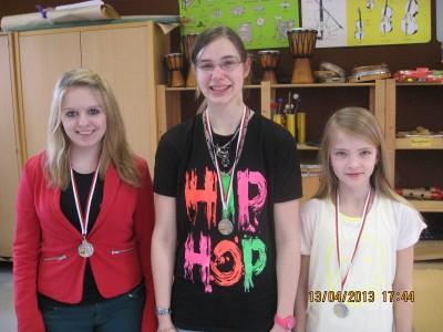 Zweiter der Hessischen Frauenmannschaftsschnellschachmeister 2013 SK Turm Bad Hersfeld: Lisa Bornschier, Vanessa Krauße, Luisa Bolender